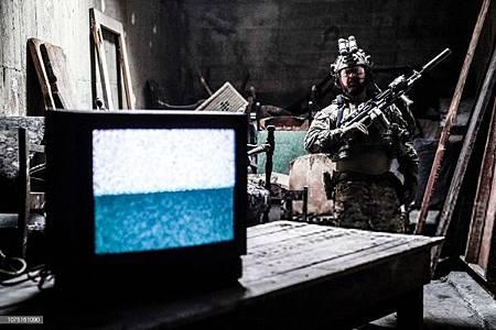 SEAL Team 2x12-12.jpg