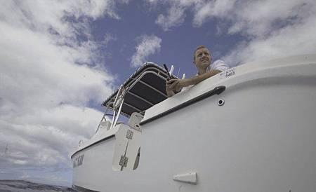 Hawaii Five-O 9x13-20.jpg