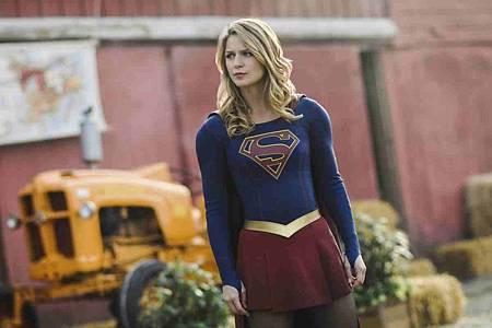 Supergirl 4x11 (15).jpg