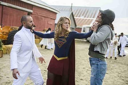 Supergirl 4x11 (16).jpg