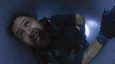 SEAL Team 2x13-06.jpg