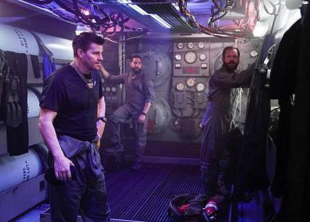 SEAL Team 2x13-23.jpg