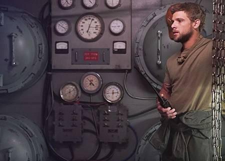 SEAL Team 2x13-24.jpg