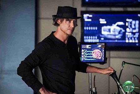 The Flash  5x12 (7).jpg