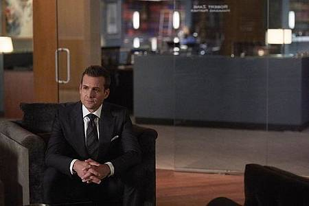 Suits S08B (4).jpg