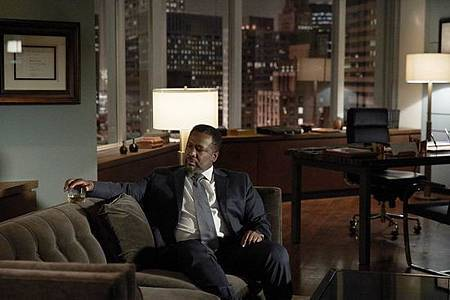 Suits S08B (5).jpg