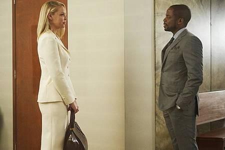 Suits S08B (22).jpg