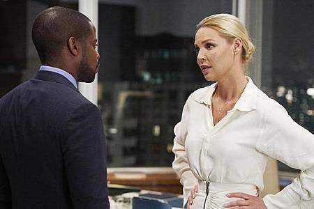 Suits S08B (26).jpg