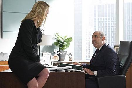 Suits S08B (28).jpg