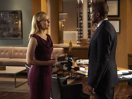 Suits S08B (31).jpg