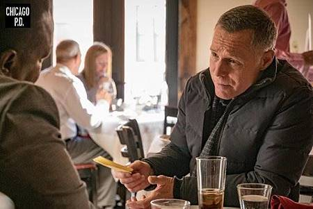 Chicago PD 6x13 (10).jpg