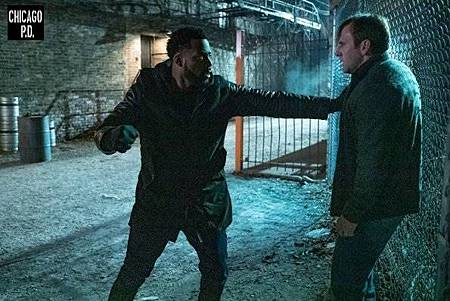 Chicago PD 6x13 (13).jpg