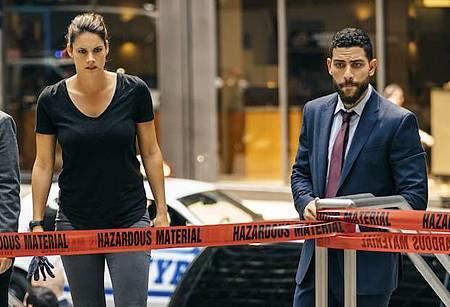 FBI 1x2.jpg