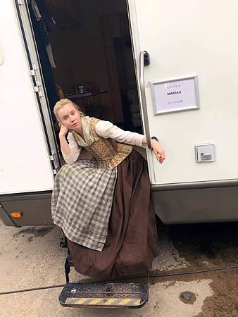 Outlander S04set (4).jpg