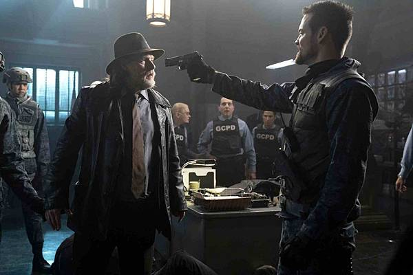 Gotham 5x6 (1).jpg