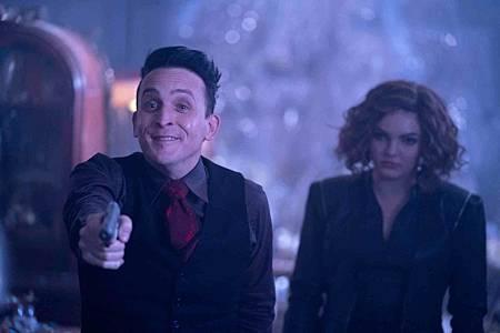 Gotham 5x6 (8).jpg