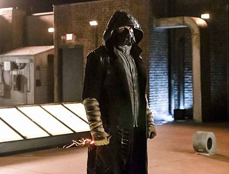 The Flash  5x14 (11).jpg
