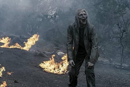 Fear the Walking Dead S05 (2).jpg