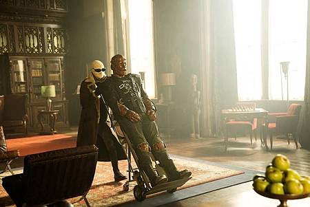 The Doom Patrol S01 (20).jpg