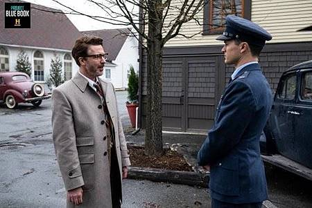 Project Blue Book 1x7 (12).jpg