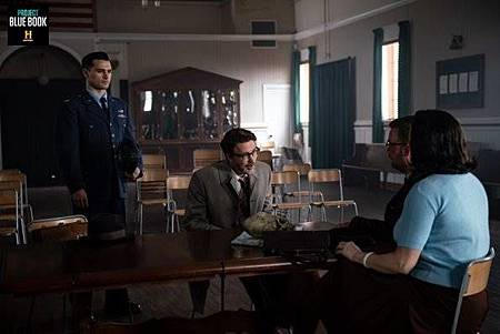 Project Blue Book 1x7 (13).jpg