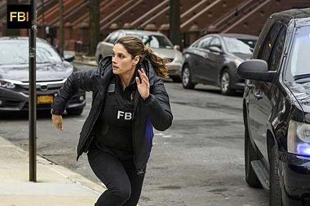 FBI 1×15 (10).jpg