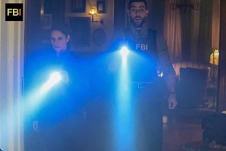 FBI 1×15 (16).jpg