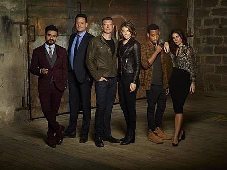 Whiskey Cavalier S01 cast (11).jpg