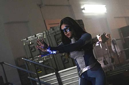 Supergirl 4x13 (12).jpg
