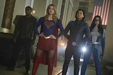 Supergirl 4x13 (14).jpg