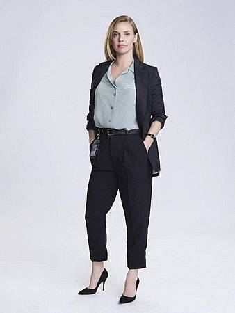 Kate Ryan(Kelli Garner).jpg