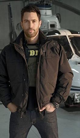Jason Bragg(Noah Mills) (2)