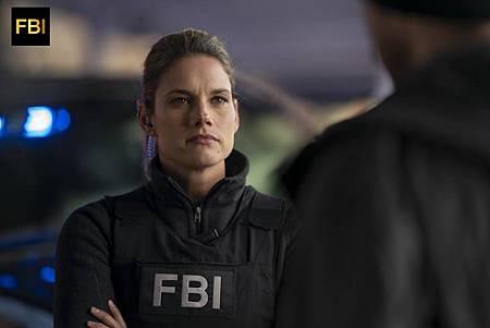 FBI 1×16 (14).jpg