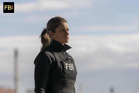 FBI 1×16 (10).jpg