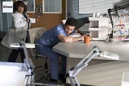 Grey's Anatomy 15x17 (9).jpg