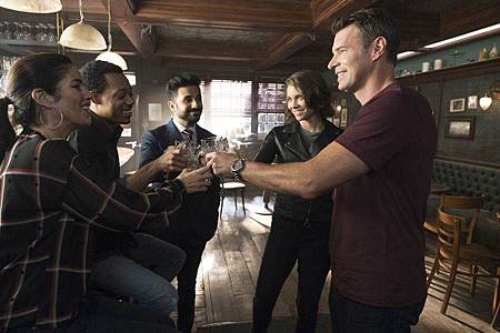 Whiskey Cavalier 1×3 (4).jpeg