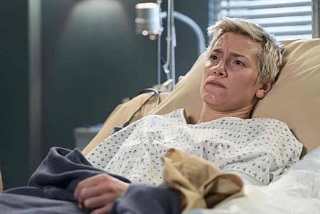 Grey's Anatomy 15x18 (2).jpg
