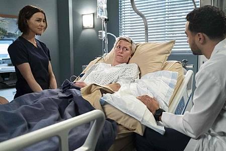 Grey's Anatomy 15x18 (20).jpg