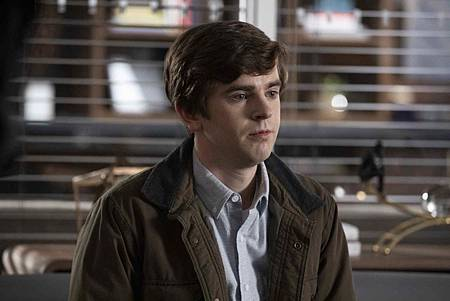 The Good Doctor 2x18 (27).jpg