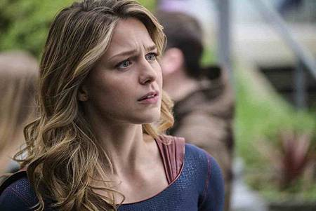 Supergirl 4x14 (13).jpg