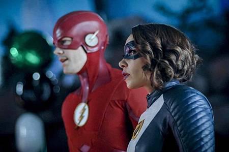 The Flash  5x17 (4).jpg