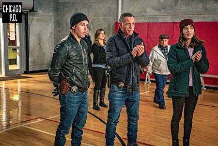 Chicago PD 6x17(1).jpg