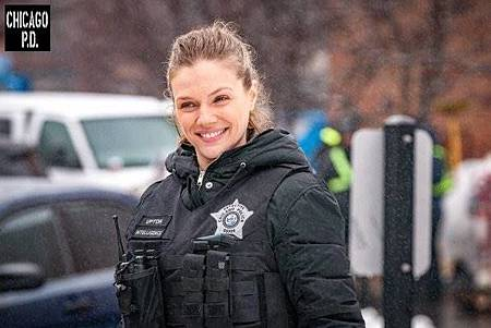 Chicago PD 6x17(17).jpg