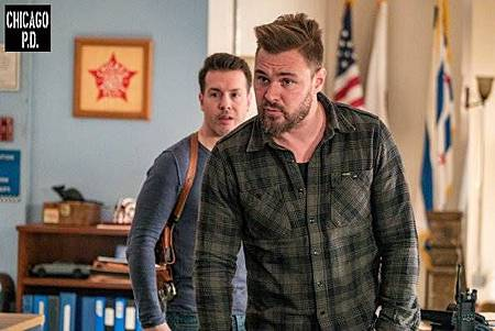 Chicago PD 6x17(22).jpg