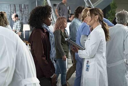 Grey's Anatomy 15x19 (8).jpg