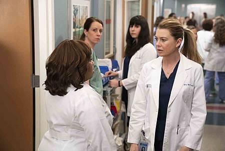 Grey's Anatomy 15x19 (12).jpg