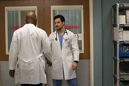 Grey's Anatomy 15x19 (19).jpg