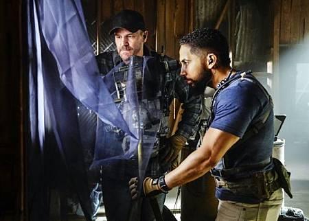 SEAL Team 2x14-04.jpg