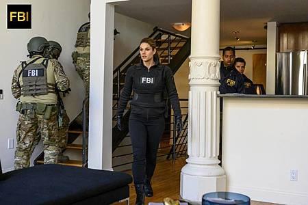 FBI 1×17 (2).jpg