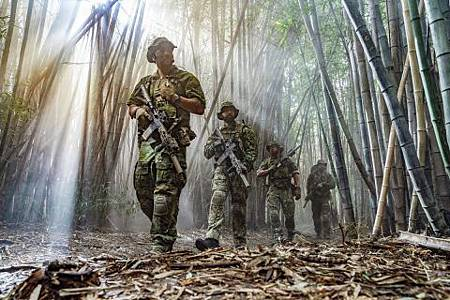 SEAL Team 2x16-02.jpg